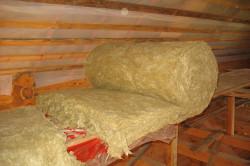 Для утепления крыши также применяется гигроскопичная минеральная вата