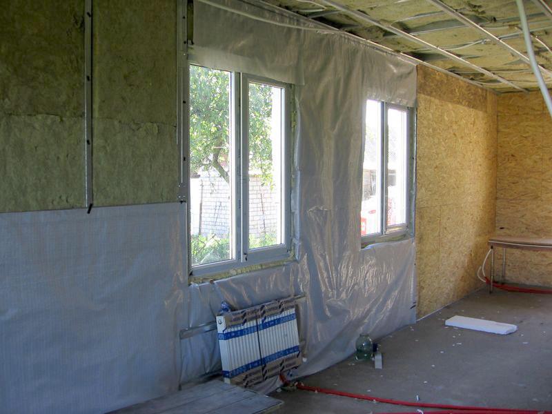 Утепление стен изнутри помещения своими руками