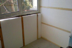 Для отделки фасадов достаточно использовать пенопласт пенопласт С-25. Он идеально подходит для таких работ по своей плотности.