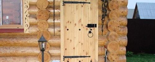 Дверь в баню: как утеплить несколькими способами