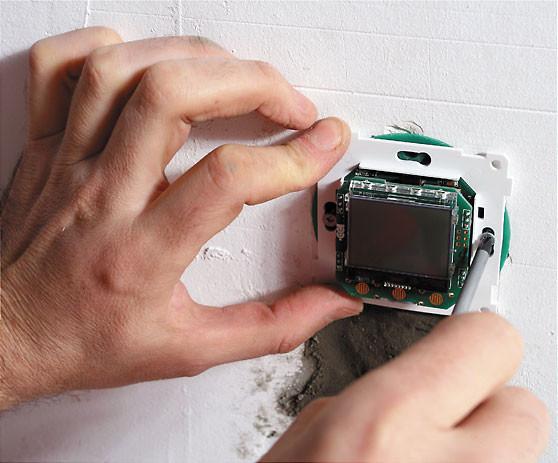 Монтаж терморегулятора доверьте специалистам.
