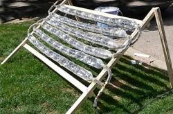 Солнечный коллектор из бутылок