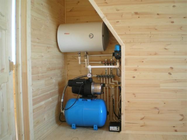 Водопровод в загородном доме своими руками 40